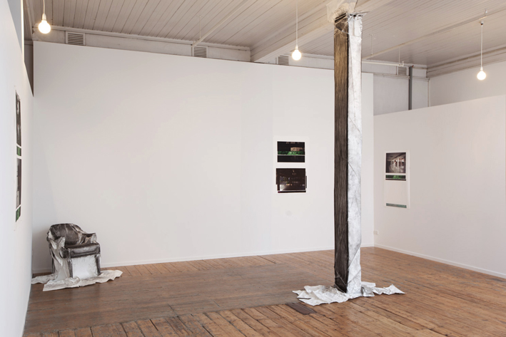 2. Constructing Absence.2011.EyeCollective